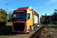 Pallet Force Volvo FH with curtainsider trailer