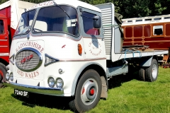 Chandlers-Transport-Vintage-ERF-classic-flatbed-lorry-scaled