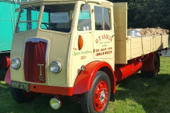 Classic-Lorry-Loaded-with-Goods-scaled