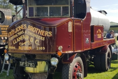 Lloyd-Jones-Brothers-Vintage-Sentinel-DG4-Steam-Truck-scaled