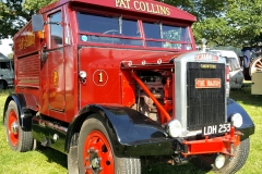 Pat-Collins-Classic-Scammell-truck-Showtrac-The-Major-scaled