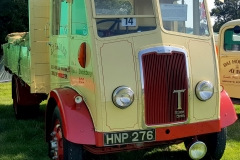 Vintage-Tipper-Lorry