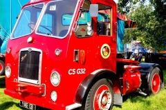 Vintage-Truck-Tractor-Unit-scaled