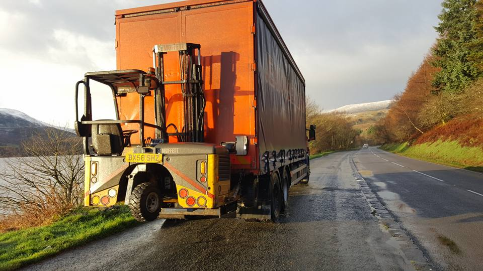 Scania Rigid Curtainsider Truck with rear mounted Moffett