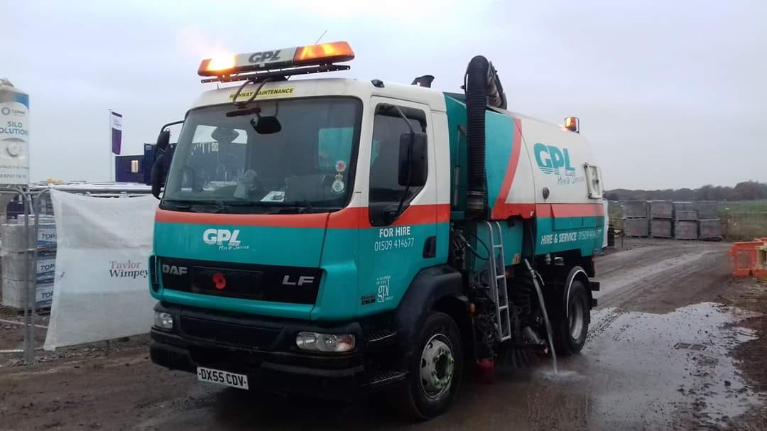 GPL DAF LF Road Sweeper