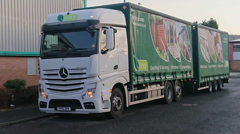 Linlar Mercedes Actros Wagon and Drawbar lorry