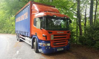Scania curtainsider rigid 6 wheeler