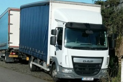 DAF 7.5 Ton Truck with curtains
