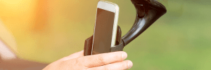 Best mobile phone holder for truck drivers