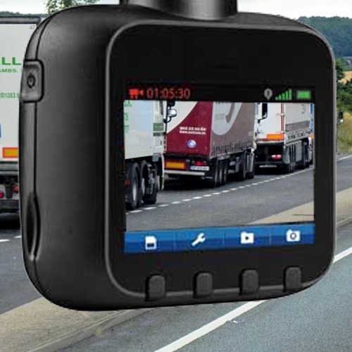 Why truckers should have a dash cam