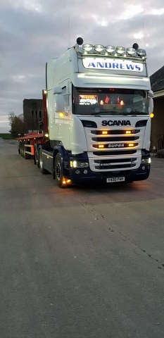 Andrews Scania Super R500 with flatbed trailer