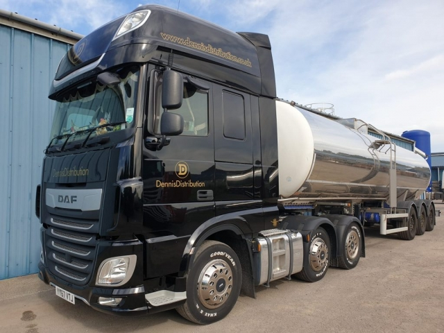 Dennis Distribution DAF with triaxle tanker