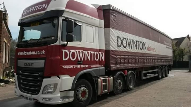 Downton DAF Truck with matching trailer