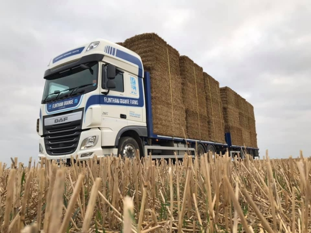 Flintham Grange Farms DAF XF Wagon and Drag loaded with hay bales