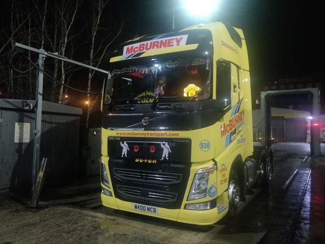 McBurney Transport Volvo Globetrotter XL Cab with Light up Manchester United Sign