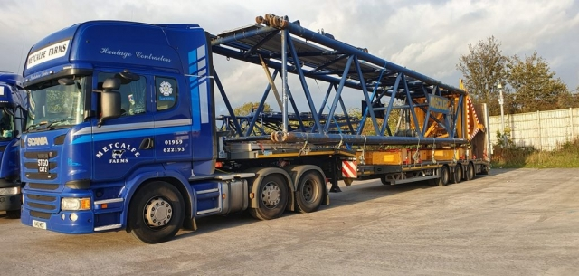 Metcalfe Farms Scania low loader